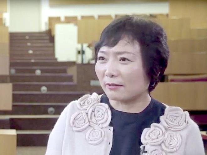 Từ công nhân nhà máy thành nữ tỷ phú tự thân giàu nhất Trung Quốc - Ảnh 14