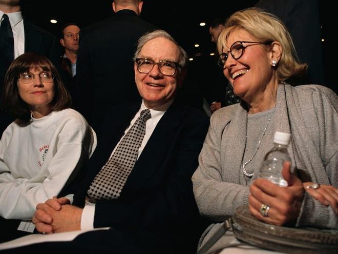 Warren Buffett xay dung khoi tai san 90 ty USD nhu the nao? hinh anh 7 Cuoc_doi_va_su_nghiep_Warren_Buffett_7.jpg