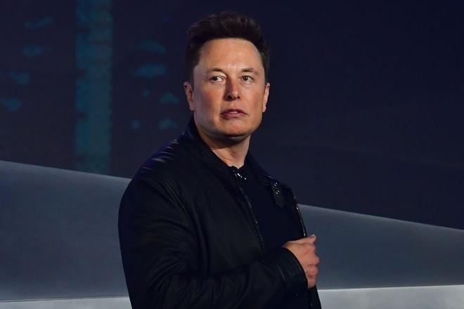 tai san boc hoi,  ty phu mat tien,  dang tai tren Twitter,  Tesla anh 2