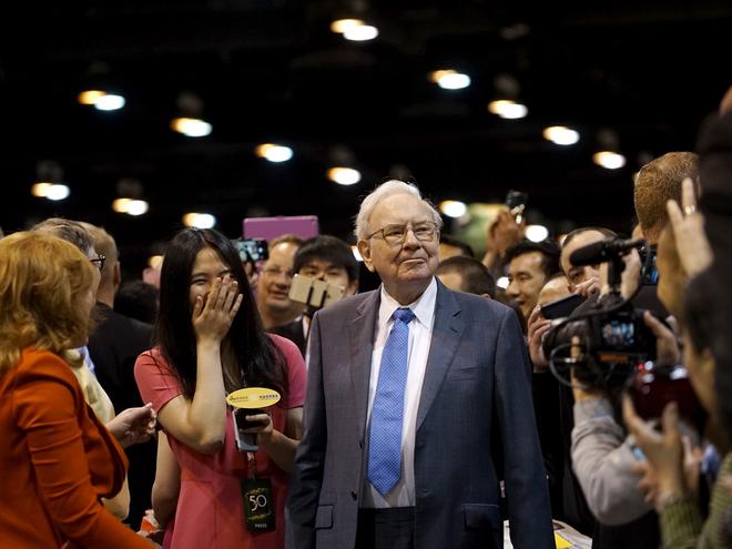 Nhung loi khuyen tu ty phu Warren Buffett ve dau tu trong khung hoang hinh anh 8 9.png