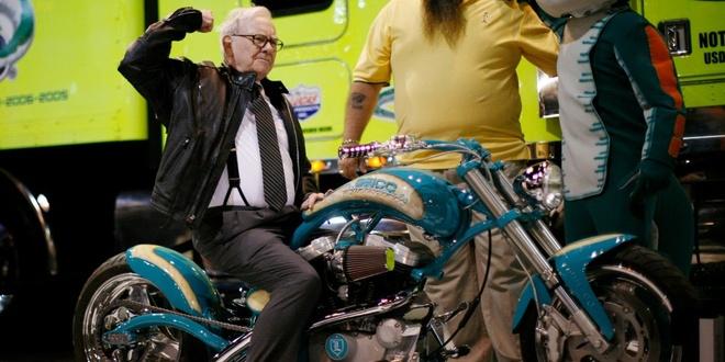 Ty phu Warren Buffett cuu Harley-Davidson anh 1