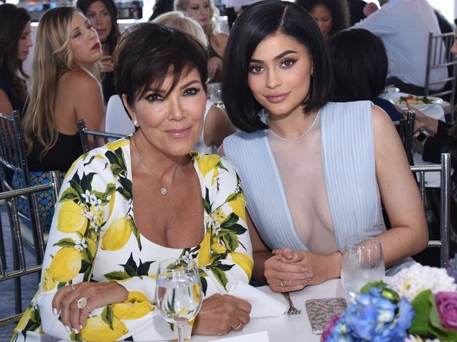 Kylie Jenner kiem khoi tai san 900 trieu USD nhu the nao anh 9