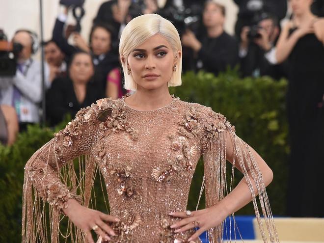 Kylie Jenner kiem khoi tai san 900 trieu USD nhu the nao anh 11
