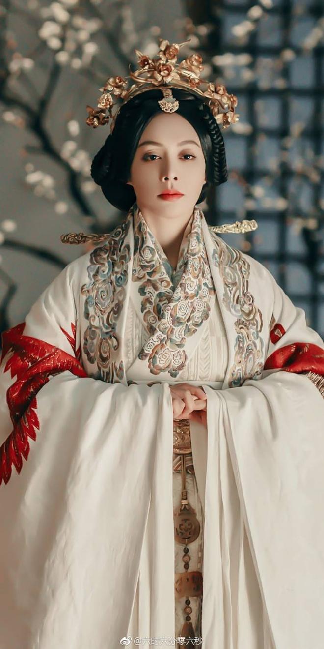 Can Long - Anh Lac - Cao Quy phi gap lai nhau trong 'Hao Lan truyen' hinh anh 8