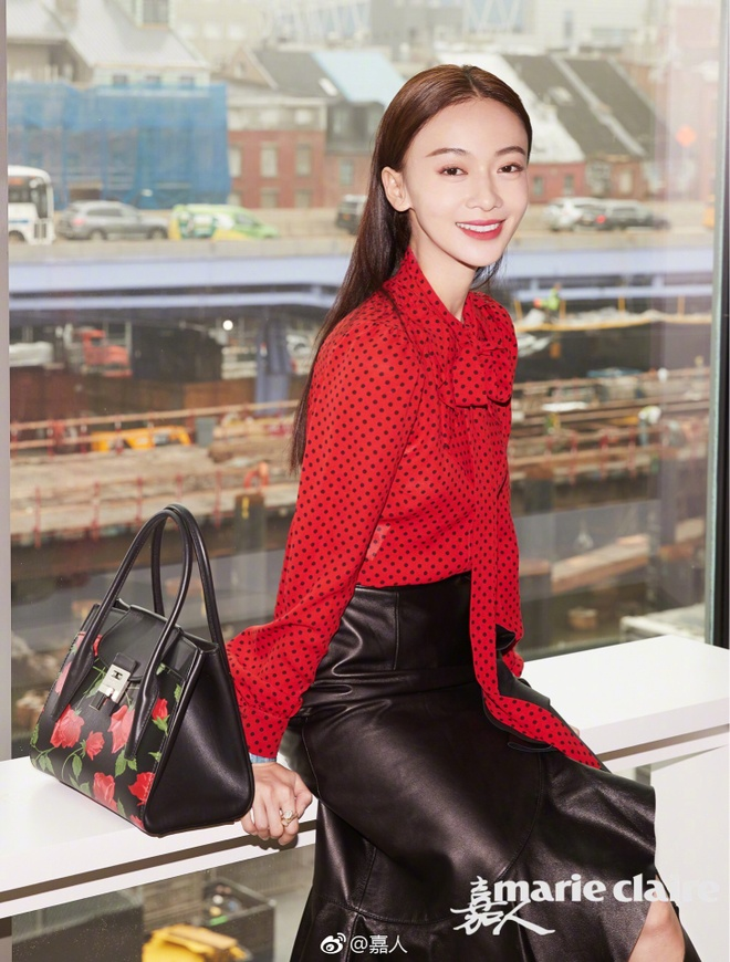 Ngo Can Ngon thieu khi chat tren tham do New York Fashion Week hinh anh 4