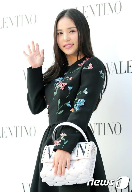 Min Hyo Rin trong day dan hon sau khi cuoi Taeyang (Big Bang) hinh anh 5