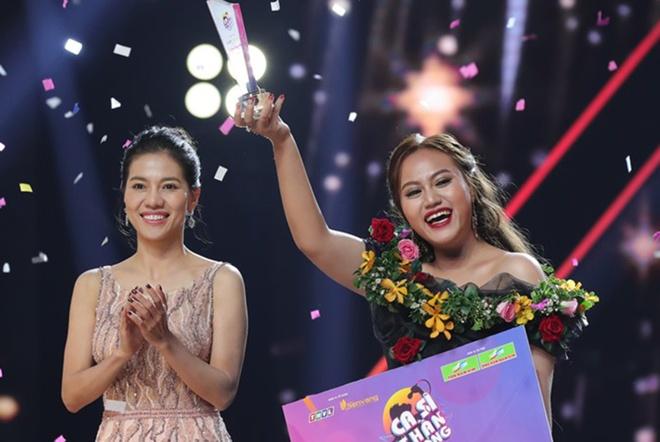 Ban sao Ho Ngoc Ha dang quang 'Ca si than tuong' hinh anh