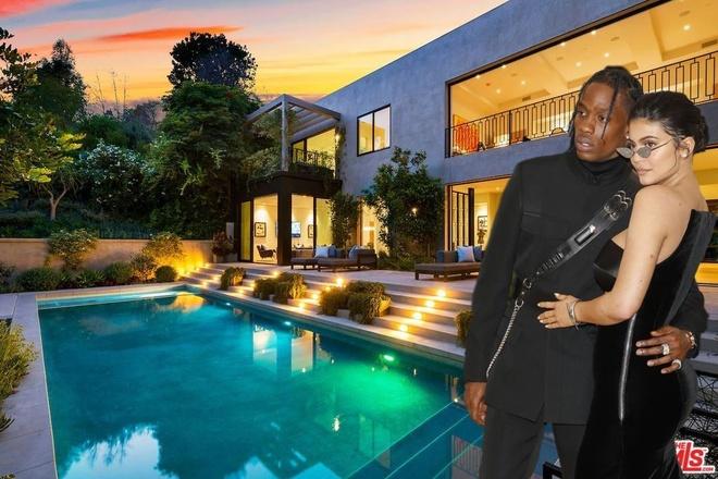 Kylie Jenner va ban trai Travis Scott mua biet thu gan 14 trieu USD hinh anh
