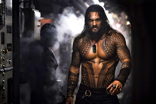 'Aquaman' Jason Momoa dung dau danh sach 100 nguoi dan ong dep nhat hinh anh 1