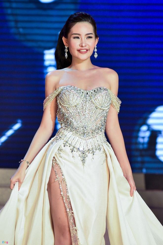 Le Au Ngan Anh tu hoa hau thi phi den a hau 4 Miss Intercontinental hinh anh 2