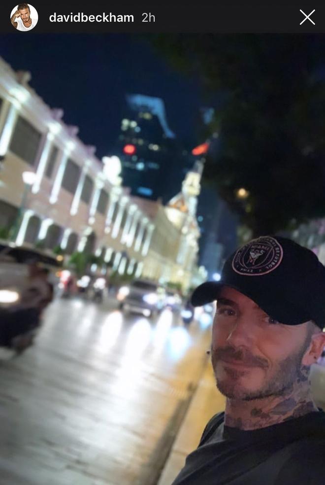 David Beckham khoe anh selfie tren duong pho Sai Gon hinh anh 1