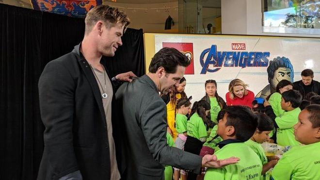 Dan sao 'Avengers: Endgame' quyen gop 5 trieu USD cho benh nhi hinh anh 7