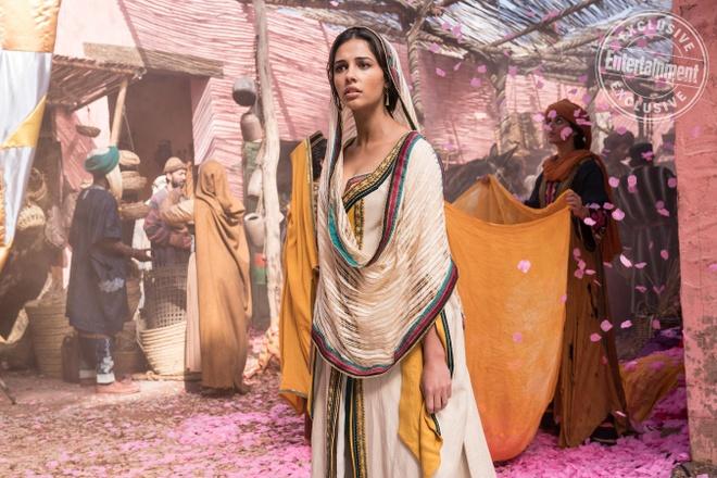 Ve dep lai quyen ru cua cong chua Jasmine trong 'Aladdin 2019' hinh anh 2