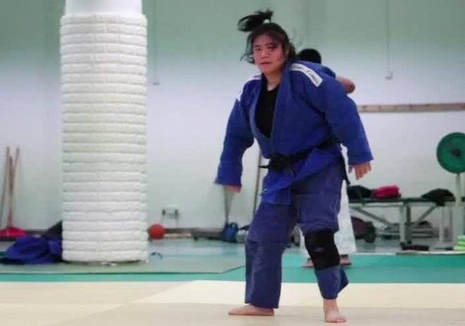 Lop day vo Judo danh cho nguoi khiem thi hinh anh