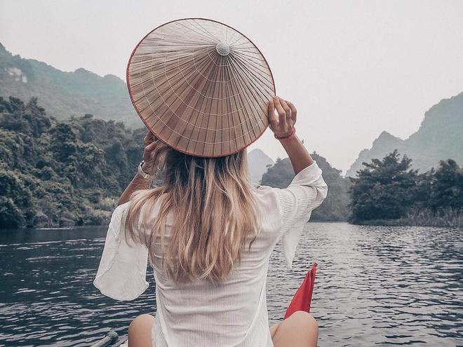 Trang An va 6 dia diem check-in song ao noi tieng o Ninh Binh hinh anh 2