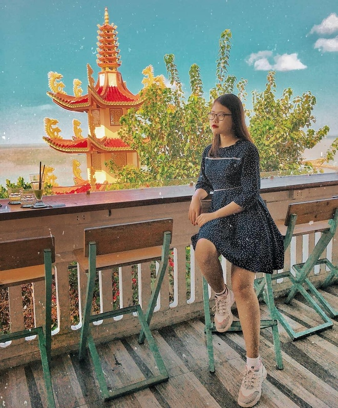Check-in tha ga tai nhung quan do uong day goc song ao o Vung Tau hinh anh 4