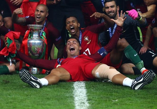 Thanh cong cua Ronaldo la dong luc de Messi tro lai hinh anh 1