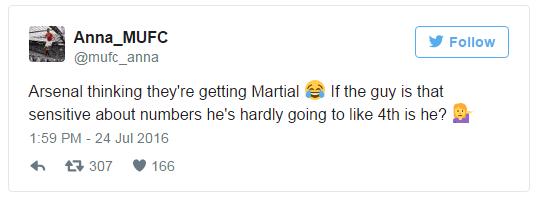 CDV Arsenal keu goi Arsene Wenger mua Martial hinh anh 3