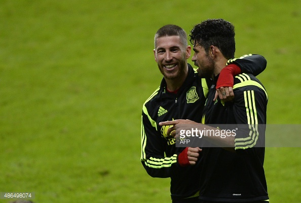 Sergio Ramos lam lo tuong lai cua Diego Costa hinh anh