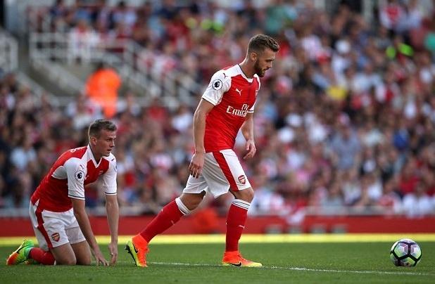 Van de cua Arsenal: Khong the vo dich voi nhung dua tre hinh anh 1