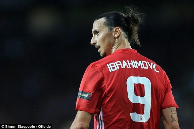 Zlatan Ibrahimovic chuan bi san bang ky luc 91 nam o MU hinh anh