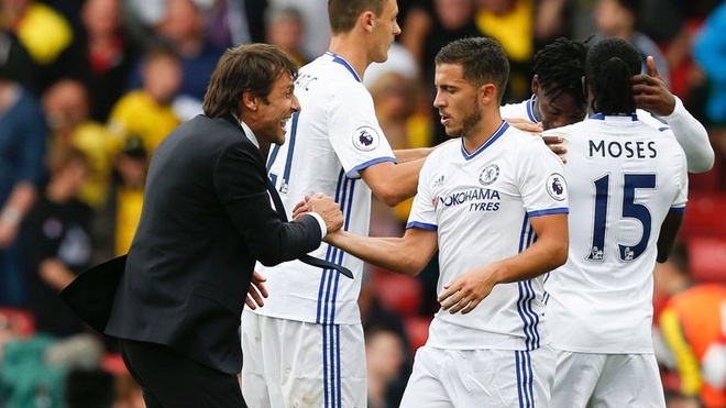 Toa sang duoi thoi Conte, Hazard choc ngoay Mourinho hinh anh 1