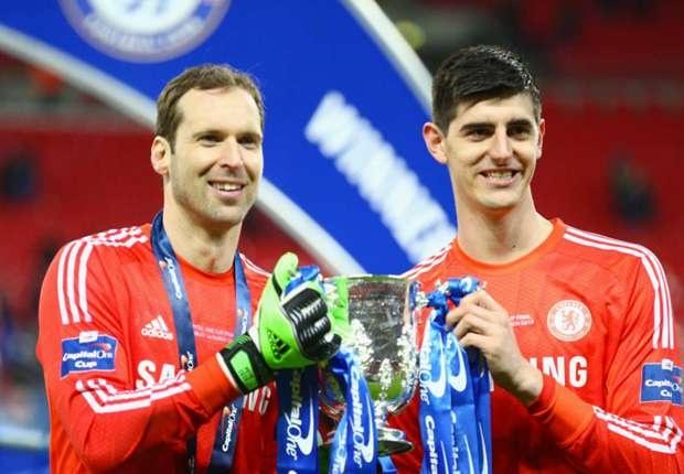 Giu Courtois, ban Cech la sai lam cua Chelsea hinh anh