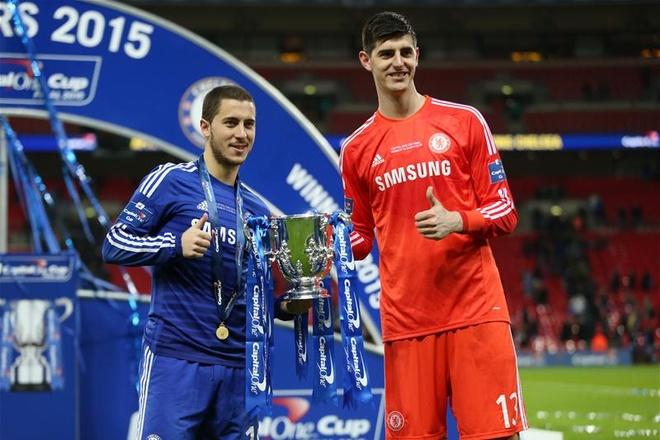 Courtois: 'Dung do loi cho Hazard khi Chelsea that bai' hinh anh