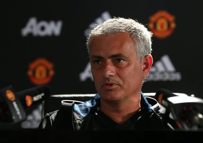 Mourinho: O MU, khong ai la khong the dong den hinh anh 1