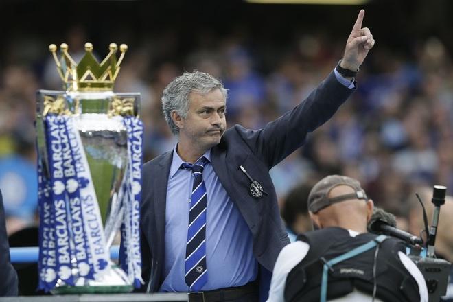 Mourinho lan dau trai long ve viec bi Chelsea sa thai hinh anh 1