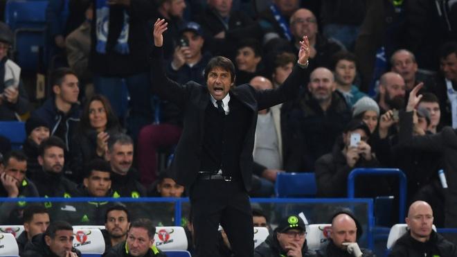 Thua Chelsea 4-0, Mourinho nhac nho Conte dung si nhuc minh hinh anh 1