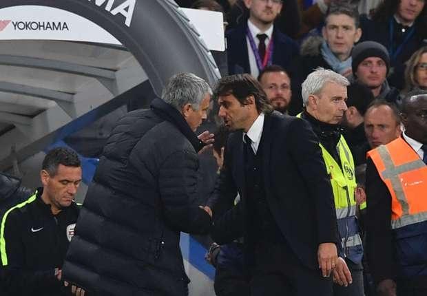 Thua Chelsea 4-0, Mourinho nhac nho Conte dung si nhuc minh hinh anh