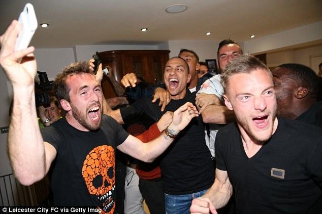 Sao Leicester muon duoc hon giay Eden Hazard hinh anh 1