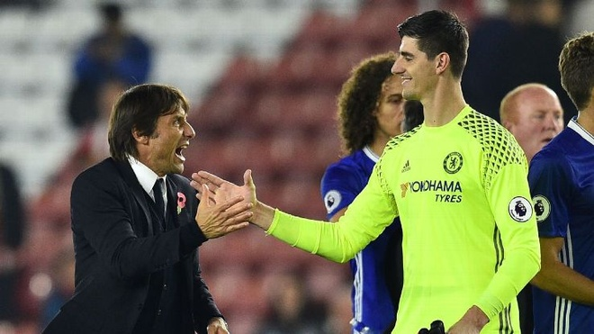 Courtois phu nhan viec gia nhap Real Madrid hinh anh
