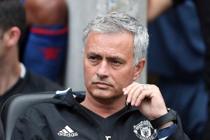 Wenger va Mourinho loi thoi anh 2