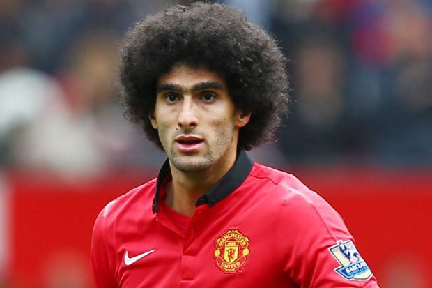 MU rao ban Fellaini, Chelsea hoi mua Sanchez hinh anh