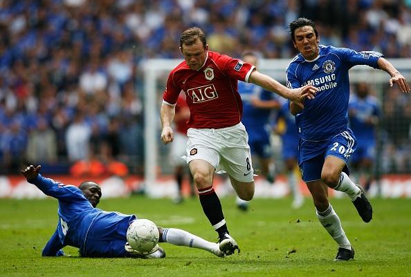 Nhung tran chung ket de doi cua Rooney tren san Wembley hinh anh 2