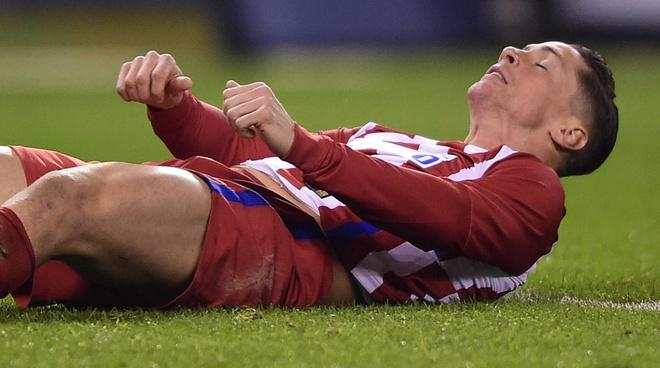 Tai sao Torres suyt tu vong vi nuot luoi? hinh anh 1