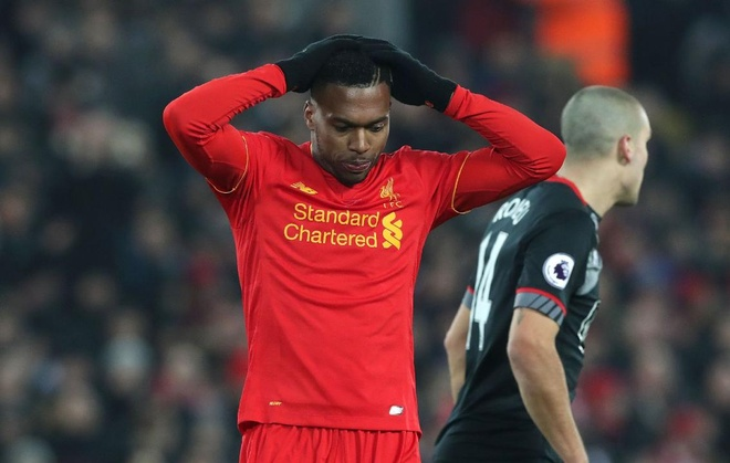 Gary Neville: 'Liverpool sa sut vi thieu phuong an B' hinh anh