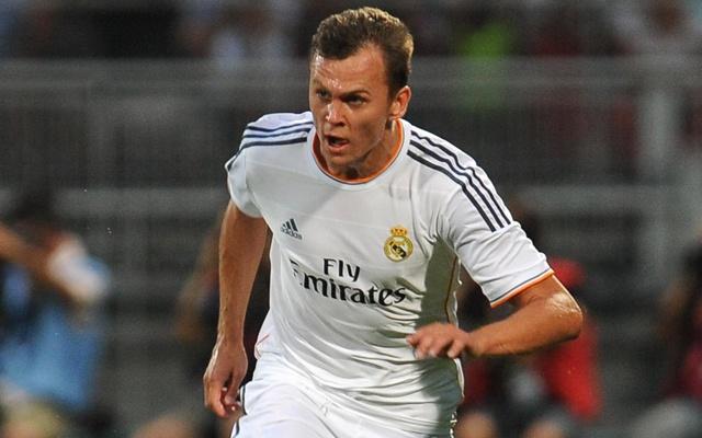 Nhung phat ngon xo xien Real Madrid 'dam chat' Pique hinh anh 9