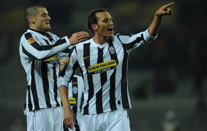 Doi hinh nguoi Phap tung choi cho Juventus hinh anh 3