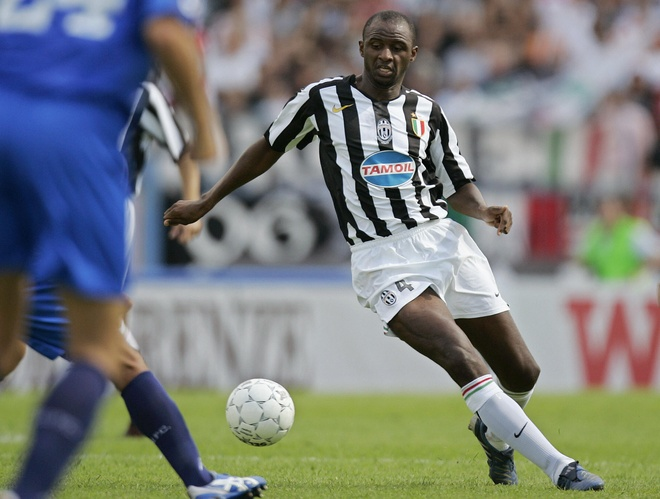Doi hinh nguoi Phap tung choi cho Juventus hinh anh 8