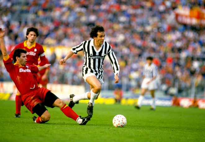 Doi hinh nguoi Phap tung choi cho Juventus hinh anh 10