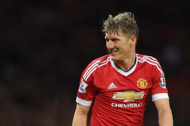 Schweinsteiger: 'Duoc choi cho Manchester United mai la mot giac mo' hinh anh