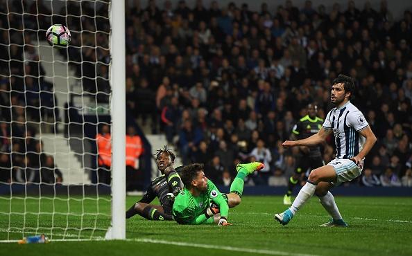 David Luiz va Hazard ton vinh huan luyen vien Conte hinh anh 1