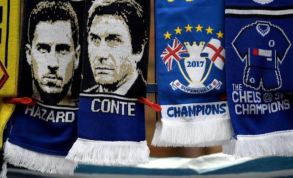 Fan Chelsea ra mat mon 'thit lon ham Costa' mung chuc vo dich hinh anh 10