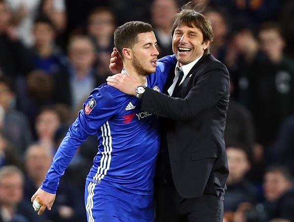 Khong sang Real, Hazard o lai lam 'vua' Chelsea hinh anh 1