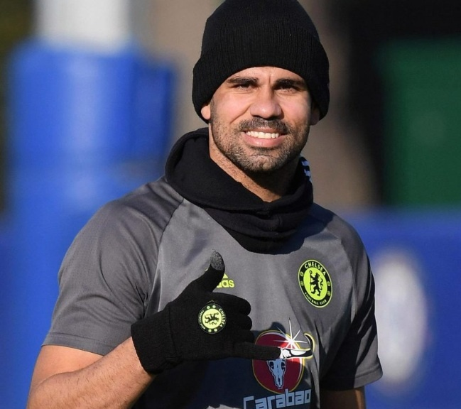 Diego Costa lac mong tren san tap truoc ngay nang cup hinh anh