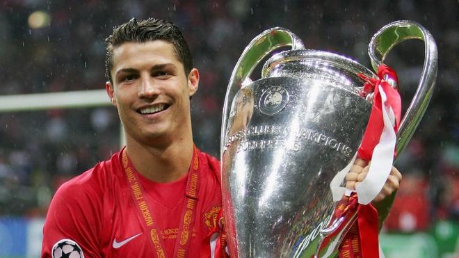Ronaldo: 'Toi la nguoi viet nen lich su cua MU va Real' hinh anh 1