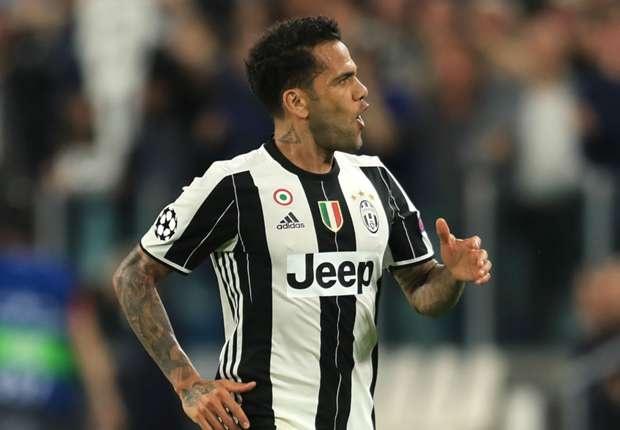 Juventus huy hop dong voi Dani Alves hinh anh 1